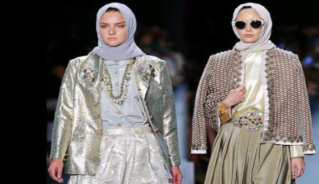 न्यूयार्क के इतिहास में पहली बार माडल्स ने पहना हेजाब + तस्वीरें