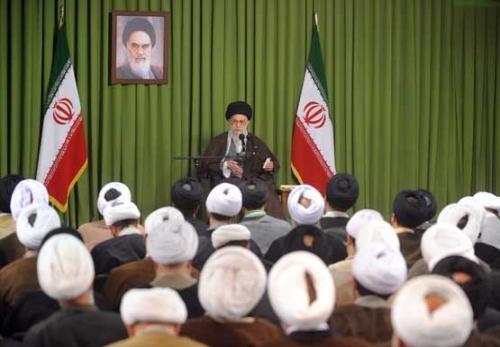 Rahbar Puji Peran Efektif Hauzah dalam Revolusi Islam