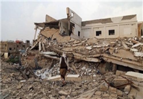 جنگندههای سعودی در 2 نوبت به خانهای در یمن حمله کردند