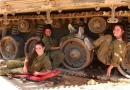 اعتراض خاخام صهیونیست به اختلاط زن و مرد نظامی در تانک