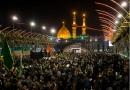 """การรวมตัวของบรรดามุสลิมที่มีความรักต่ออิมามฮุเซน ณ เมืองกัรบะลา ว่า  ผู้แสวงบุญมุสลิมนิกายชีอะห์หลายล้านได้หลั่งไหลไปที่เมืองคาร์บาลา ในอิรัก เพื่อร่วมรำลึกถึงวัน """"อัรบะอีน"""""""