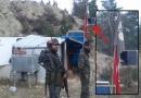 Foto – IŞİD bayrağı ile Türk bayrağı yanyana